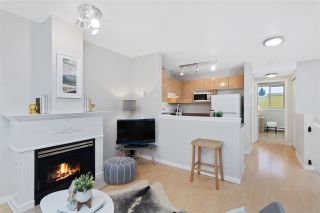 Photo 3: 13 3477 COMMERCIAL STREET in Vancouver: Victoria VE Townhouse for sale (Vancouver East)  : MLS®# R2525205