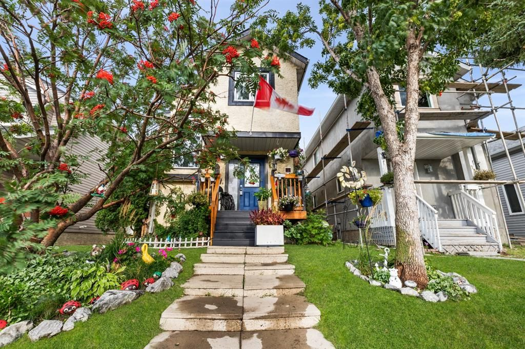 Main Photo: 18 Martindale Drive NE in Calgary: Martindale Detached for sale : MLS®# A1143269