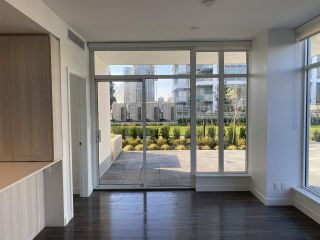 """Photo 7: 406 2311 BETA Avenue in Burnaby: Brentwood Park Condo for sale in """"Lumina"""" (Burnaby North)  : MLS®# R2546606"""