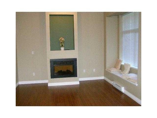 """Photo 4: Photos: 116 7333 16TH Avenue in Burnaby: Edmonds BE Townhouse for sale in """"SOUTHGATE"""" (Burnaby East)  : MLS®# V892084"""