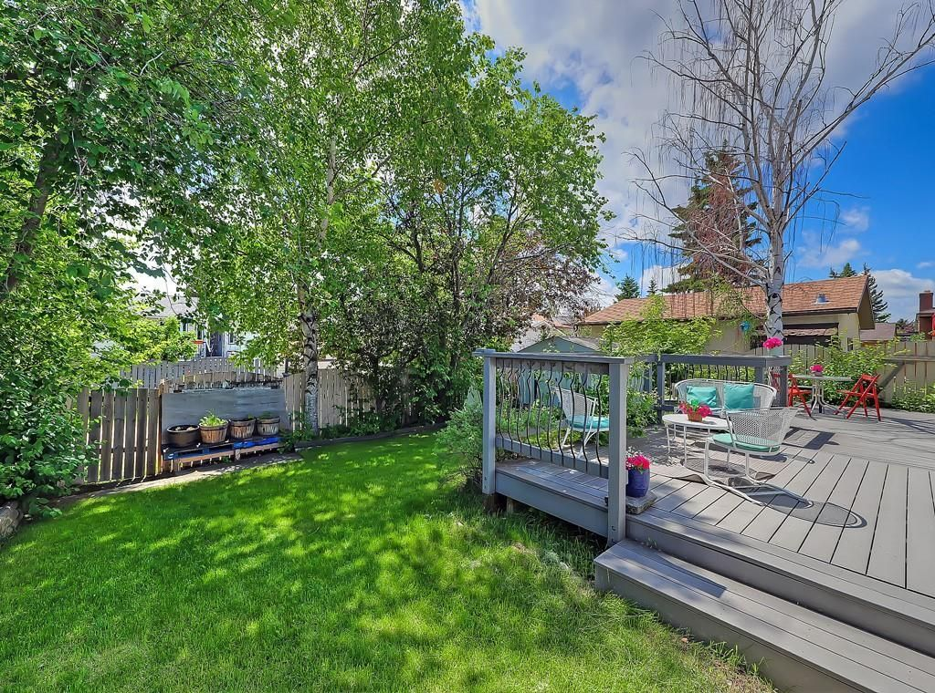 Photo 31: Photos: 7607 68 Avenue NW in Calgary: Silver Springs Detached for sale : MLS®# A1024824