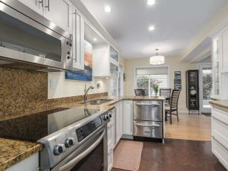 Photo 13: 3990 DELBROOK Avenue in North Vancouver: Upper Delbrook House for sale : MLS®# R2167671
