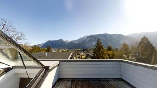 """Photo 13: 38033 SEVENTH Avenue in Squamish: Downtown SQ 1/2 Duplex for sale in """"DOWNTOWN"""" : MLS®# R2438415"""