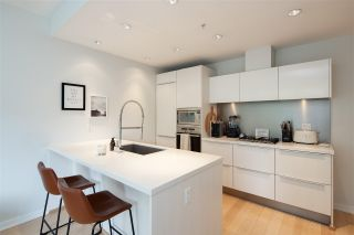 """Photo 10: 403 181 W 1ST Avenue in Vancouver: False Creek Condo for sale in """"BROOK AT THE VILLAGE AT FALSE CREEK"""" (Vancouver West)  : MLS®# R2576731"""
