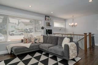 """Photo 4: 810 POIRIER Street in Coquitlam: Harbour Place House for sale in """"HARBOUR PLACE"""" : MLS®# R2572927"""