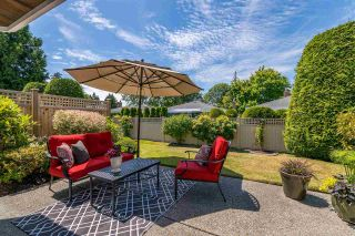 """Photo 17: 15 1881 144 Street in Surrey: Sunnyside Park Surrey Townhouse for sale in """"BRAMBLEY HEDGE"""" (South Surrey White Rock)  : MLS®# R2384004"""