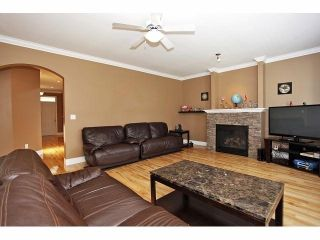 Photo 3: 19640 73B AV in Langley: Willoughby Heights House for sale : MLS®# F1413032