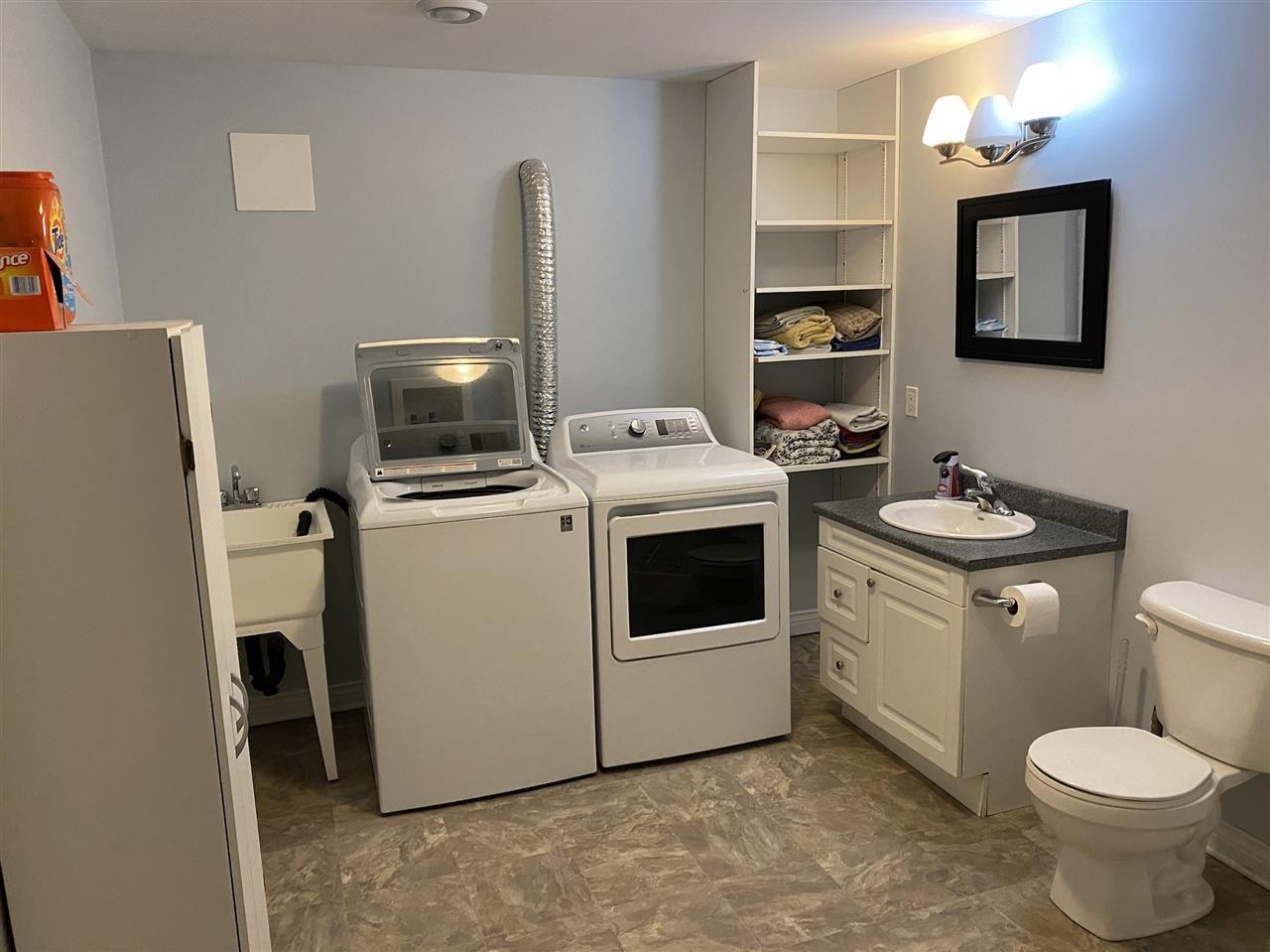 Photo 13: Photos: 7327 Main Street in Louisbourg: 206-Louisbourg Residential for sale (Cape Breton)  : MLS®# 202025505