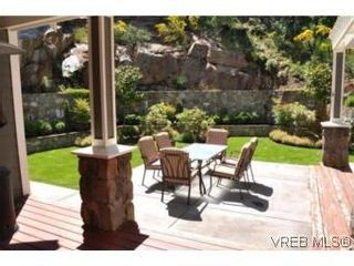Photo 14: 2196 Nicklaus Dr in VICTORIA: La Bear Mountain House for sale (Langford)  : MLS®# 552756