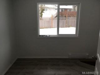Photo 13: 2423 Grant Ave in : CV Courtenay City House for sale (Comox Valley)  : MLS®# 866778