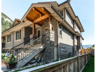 Photo 1: 1682 DEPOT ROAD in Squamish: Brackendale 1/2 Duplex for sale : MLS®# R2074216
