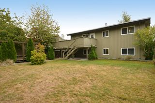 """Photo 9: 13151 15A Avenue in Surrey: Crescent Bch Ocean Pk. House for sale in """"Ocean Park"""" (South Surrey White Rock)  : MLS®# F1423059"""