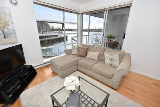 """Photo 4: 311 1990 E KENT AVENUE SOUTH in Vancouver: Fraserview VE Condo for sale in """"Harbour House"""" (Vancouver East)  : MLS®# R2145816"""