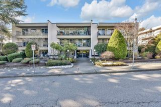 """Photo 1: 102 1351 MARTIN Street: White Rock Condo for sale in """"The Dogwood"""" (South Surrey White Rock)  : MLS®# R2540513"""