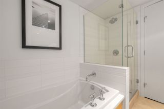 """Photo 14: 404 6018 IONA Drive in Vancouver: University VW Condo for sale in """"Argyle House West"""" (Vancouver West)  : MLS®# R2555988"""