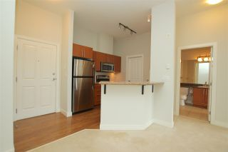 """Photo 8: 412 2478 SHAUGHNESSY Street in Port Coquitlam: Central Pt Coquitlam Condo for sale in """"SHAUGHNESSY EAST"""" : MLS®# R2102568"""