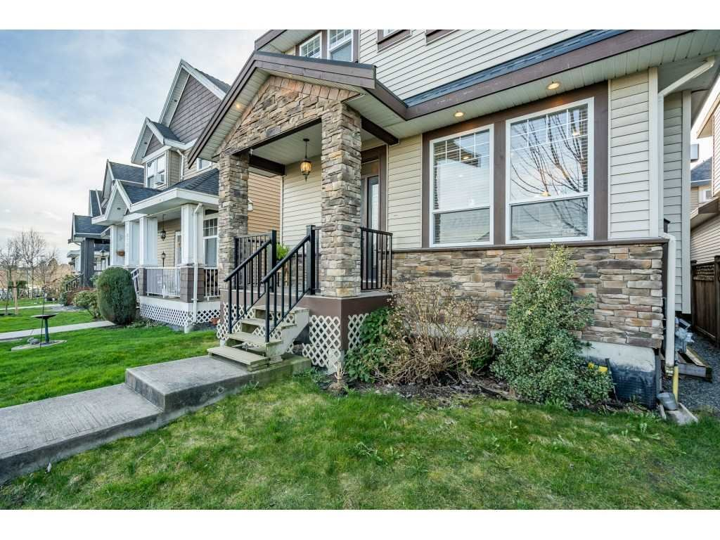 Main Photo: 6795 192 Street in Surrey: Clayton House for sale (Cloverdale)  : MLS®# R2546446