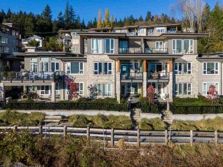 """Photo 2: 3917 CATES LANDING Way in North Vancouver: Roche Point Townhouse for sale in """"CATES LANDING"""" : MLS®# R2516583"""