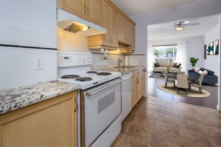 Photo 5: 2542 17 Avenue SW in Calgary: Shaganappi Row/Townhouse for sale : MLS®# A1123078