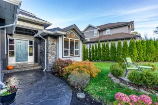 Photo 2: 3741 CASTLE PINES Court in Abbotsford: Abbotsford East House for sale : MLS®# R2340709
