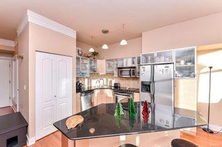 Photo 4: 703 845 Yates St in : Vi Downtown Condo for sale (Victoria)  : MLS®# 861229