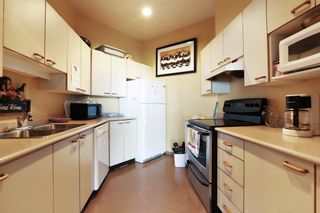 """Photo 38: 603 15111 RUSSELL Avenue: White Rock Condo for sale in """"Pacific Terrace"""" (South Surrey White Rock)  : MLS®# R2612758"""