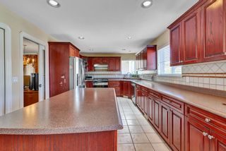 Photo 10: 8068 168A Street in Surrey: Fleetwood Tynehead House for sale : MLS®# R2559682