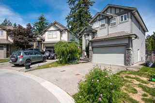 Photo 2: 27698 SIGNAL Court in Abbotsford: Aberdeen House for sale : MLS®# R2606382