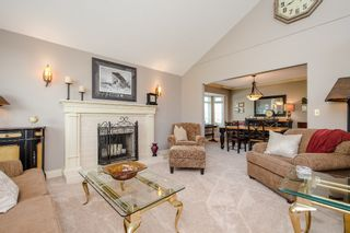 """Photo 5: 670 CLEARWATER Way in Coquitlam: Coquitlam East House for sale in """"Lombard Village- Riverview"""" : MLS®# R2218668"""