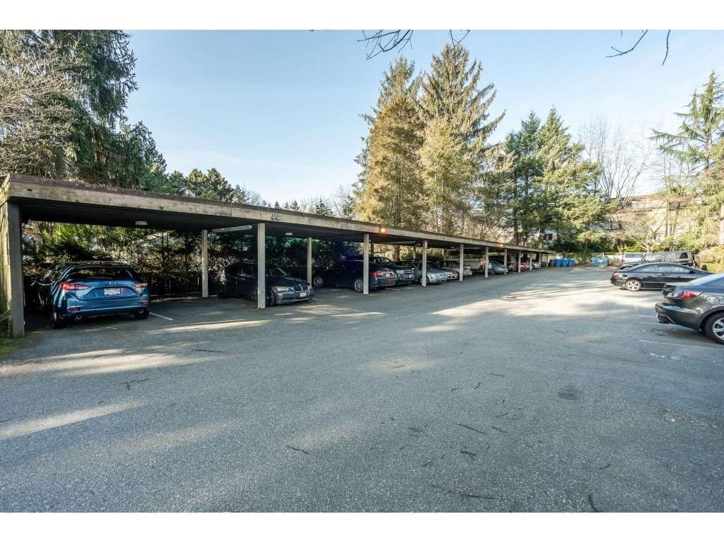 "Photo 2: Photos: 205 7155 134 Street in Surrey: West Newton Condo for sale in ""EAGLE GLEN"" : MLS®# R2446715"