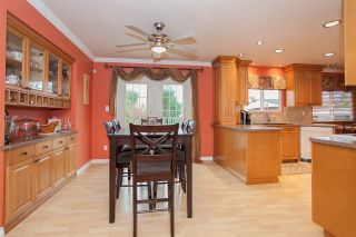 Photo 2: 14516 CHARTWELL Drive in Surrey: Bear Creek Green Timbers House for sale : MLS®# R2141748