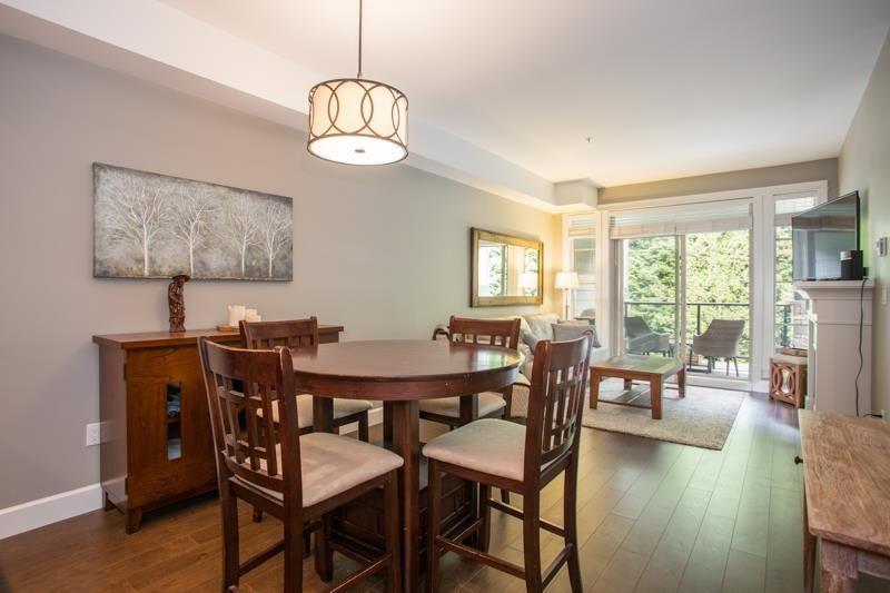 """Photo 6: Photos: 211 15185 36 Avenue in Surrey: Morgan Creek Condo for sale in """"EDGEWATER"""" (South Surrey White Rock)  : MLS®# R2580730"""