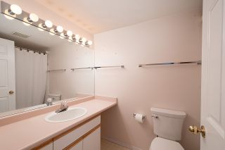 Photo 12: 204 20140 56 AVENUE in Langley: Langley City Condo for sale : MLS®# R2413316