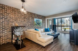 Photo 1: 306 488 HELMCKEN STREET in Vancouver: Yaletown Condo for sale (Vancouver West)  : MLS®# R2321117