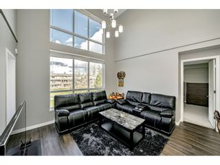 """Photo 5: 410 6490 194 Street in Surrey: Cloverdale BC Condo for sale in """"WATERSTONE"""" (Cloverdale)  : MLS®# R2535628"""