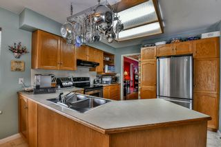 """Photo 8: 13571 60A Avenue in Surrey: Panorama Ridge House for sale in """"PANORAMA"""" : MLS®# R2130983"""