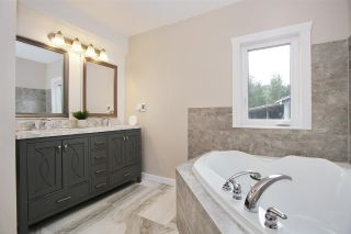 Photo 9: 33197 SMITH Avenue in Mission: Steelhead House for sale : MLS®# R2576579
