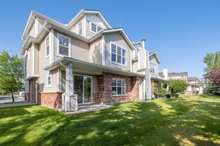 Main Photo: 1502 7171 Coach Hill Road SW in Calgary: Coach Hill Row/Townhouse for sale : MLS®# A1137457