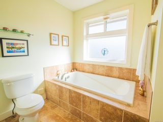 Photo 21: 383 Applewood Cres in : Na South Nanaimo House for sale (Nanaimo)  : MLS®# 878102