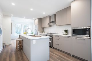 """Photo 4: 2315 ST. JOHNS Street in Port Moody: Port Moody Centre Townhouse for sale in """"Bayview Heights"""" : MLS®# R2545828"""