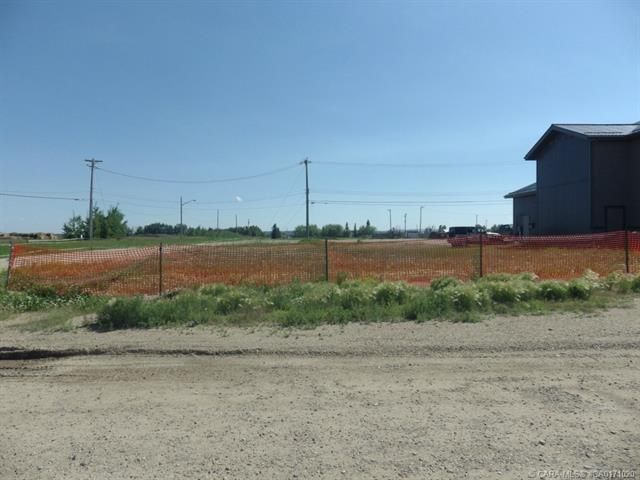 Main Photo: 4603 50 Avenue in Rimbey: Commercial for sale : MLS®# CA0171020