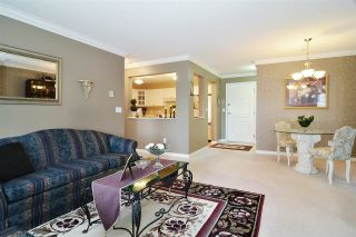 """Photo 7: 313 20894 57 Avenue in Langley: Langley City Condo for sale in """"BAYBERRY LANE"""" : MLS®# R2554939"""