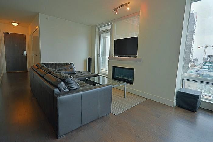 Photo 3: Photos: 2205 565 SMITHE Street in Vancouver: Downtown VW Condo for sale (Vancouver West)  : MLS®# V1142759