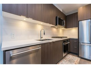 Photo 2: 407 530 Whiting Way in Coquitlam: West Coquitlam Condo for sale : MLS®# R2433714