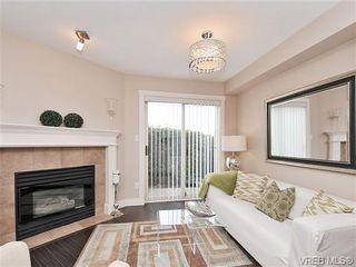 Photo 2: 101 7843 East Saanich Rd in SAANICHTON: CS Saanichton Condo for sale (Central Saanich)  : MLS®# 661360