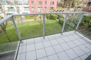 "Photo 8: 306 125 MILROSS Avenue in Vancouver: Mount Pleasant VE Condo for sale in ""Creekside"" (Vancouver East)  : MLS®# R2244749"