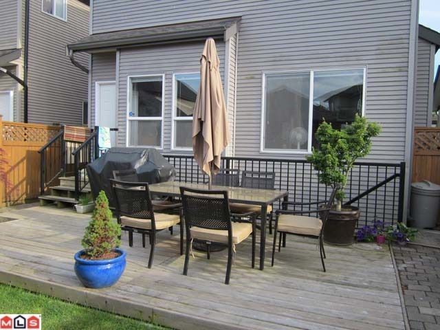Photo 7: Photos: 16781 61ST Avenue in Surrey: Cloverdale BC House for sale (Cloverdale)  : MLS®# F1117351