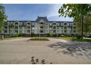 """Photo 19: 325 99 BEGIN Street in Coquitlam: Maillardville Condo for sale in """"LE CHATEAU"""" : MLS®# R2428575"""