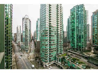 "Photo 11: 1208 588 BROUGHTON Street in Vancouver: Coal Harbour Condo for sale in ""HARBOURSIDE PARK TOWERS"" (Vancouver West)  : MLS®# V1101036"
