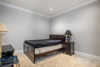 """Photo 21: 15667 101 Avenue in Surrey: Guildford House for sale in """"Somerset"""" (North Surrey)  : MLS®# R2481951"""